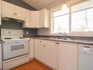 Photo 8: A 910 1st St in COURTENAY: CV Courtenay City Half Duplex for sale (Comox Valley)  : MLS®# 752438