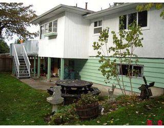 """Photo 2: 14894 GLEN AVON Drive in Surrey: Bolivar Heights House for sale in """"Birdland"""" (North Surrey)  : MLS®# F2625156"""