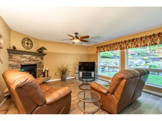 Photo 6: 35857 REGAL Parkway in Abbotsford: Abbotsford East House for sale : MLS®# R2414577