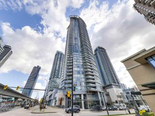 "Photo 1: 1210 2008 ROSSER Avenue in Burnaby: Brentwood Park Condo for sale in ""SOLO Stratus"" (Burnaby North)  : MLS®# R2563283"