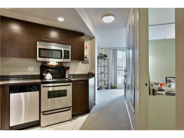 """A TRUE ONE BEDROOM. Sought after (03) floor plan.A functional elegant"