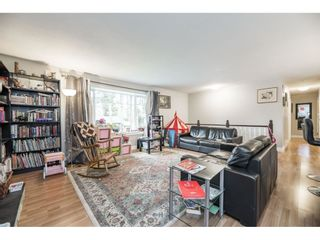 """Photo 4: 3885 203B Street in Langley: Brookswood Langley House for sale in """"Subdivision"""" : MLS®# R2573923"""
