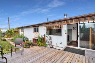Photo 21: 8 2705 N Island Hwy in : CR Campbell River North Manufactured Home for sale (Campbell River)  : MLS®# 884406