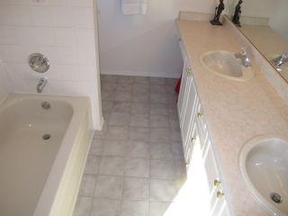 Photo 13: 12131 221 Street in Maple Ridge: West Central 1/2 Duplex for sale : MLS®# R2339405