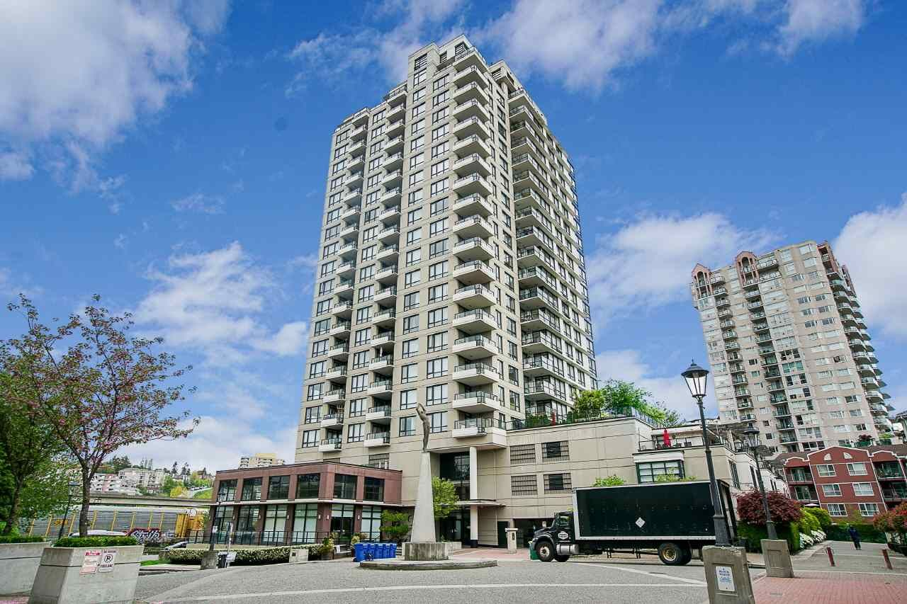 """Main Photo: 808 1 RENAISSANCE Square in New Westminster: Quay Condo for sale in """"THE 'Q'"""" : MLS®# R2521364"""