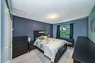 """Photo 21: 20 6537 138 Street in Surrey: East Newton Townhouse for sale in """"CHARLESTON GREEN"""" : MLS®# R2588648"""