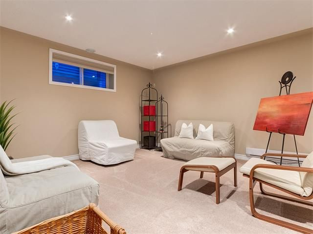 Photo 36: Photos: 40 COUGARSTONE Manor SW in Calgary: Cougar Ridge House for sale : MLS®# C4087798