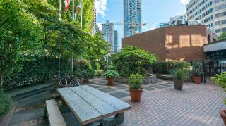 """Photo 19: 508 1177 HORNBY Street in Vancouver: Downtown VW Condo for sale in """"London Place"""" (Vancouver West)  : MLS®# R2586723"""