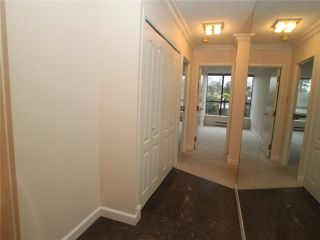 """Photo 14: 102 1470 PENNYFARTHING Drive in Vancouver: False Creek Condo for sale in """"HARBOUR COVE"""" (Vancouver West)  : MLS®# V1038676"""