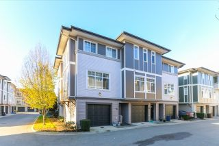 """Photo 2: 51 1010 EWEN Avenue in New Westminster: Queensborough Townhouse for sale in """"WINDSOR MEWS"""" : MLS®# R2017583"""