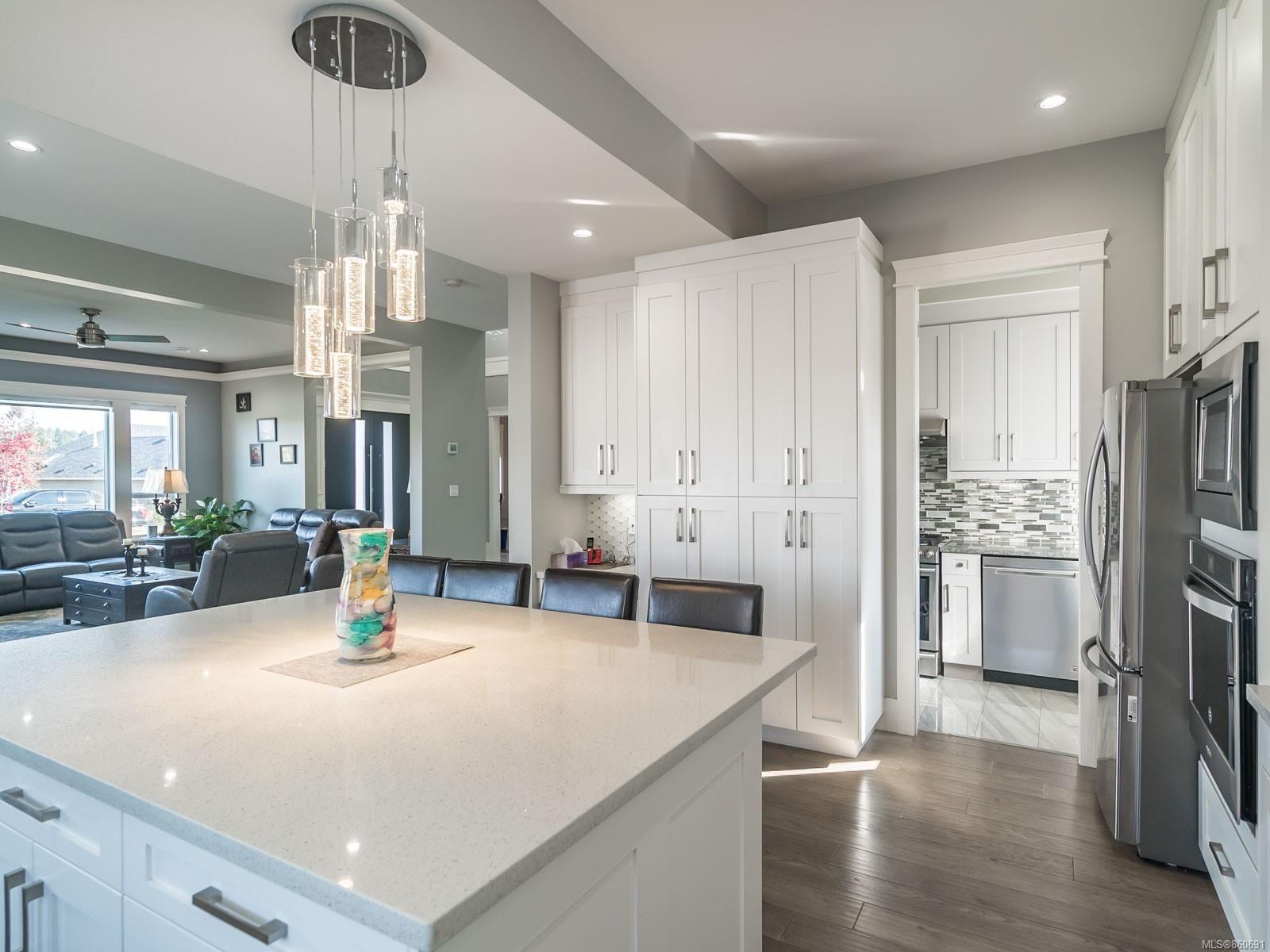Photo 15: Photos: 5821 Linley Valley Dr in : Na North Nanaimo House for sale (Nanaimo)  : MLS®# 860691