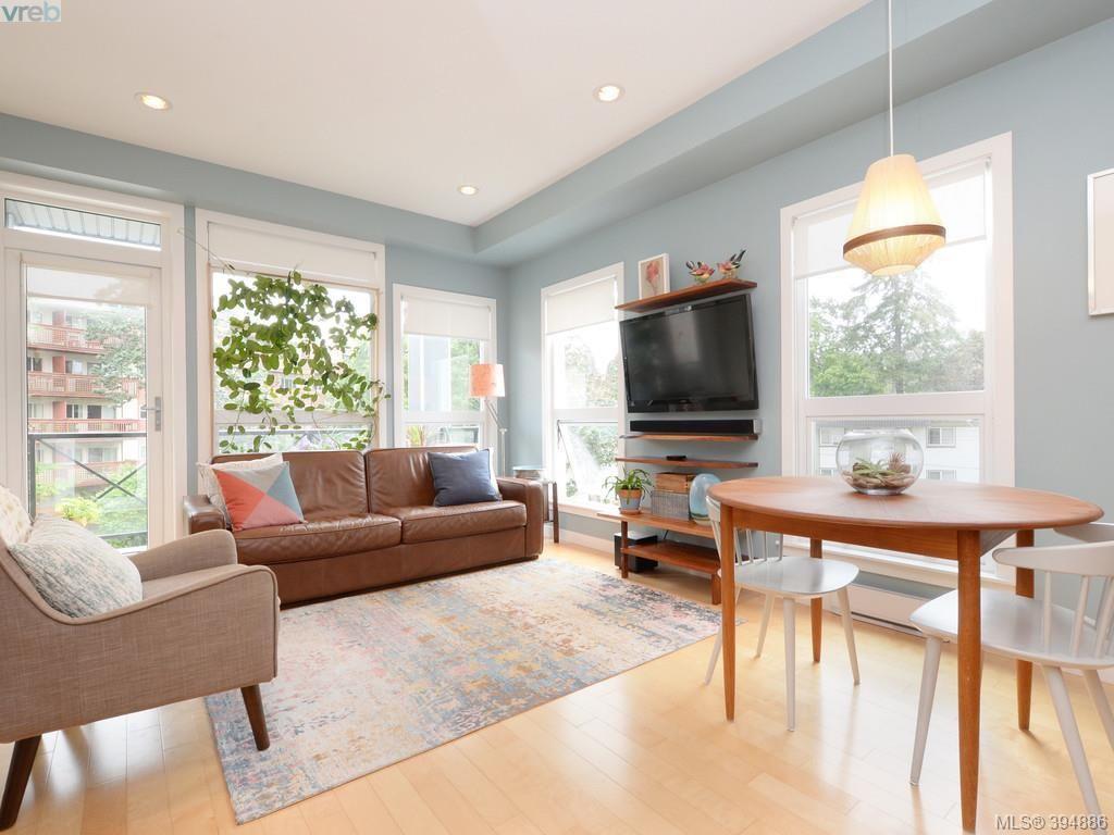 Main Photo: 402 924 Esquimalt Rd in VICTORIA: Es Old Esquimalt Condo for sale (Esquimalt)  : MLS®# 791630
