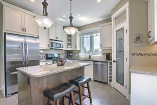 Photo 11: 3406 3 Avenue SW in Calgary: Spruce Cliff Semi Detached for sale : MLS®# A1124893