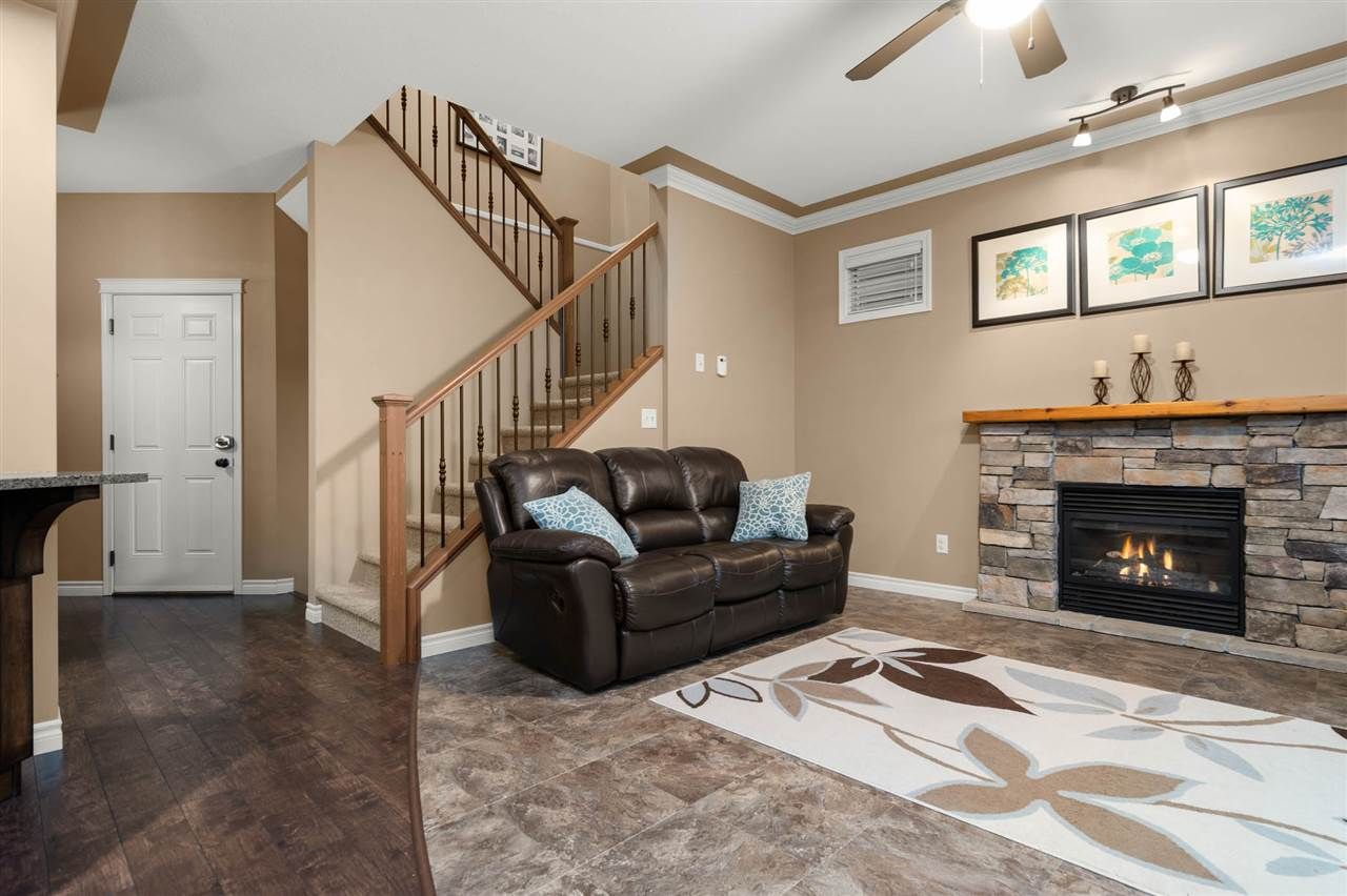 """Photo 8: Photos: 30 36169 LOWER SUMAS MOUNTAIN Road in Abbotsford: Abbotsford East House for sale in """"JUNCTION CREEK"""" : MLS®# R2518585"""