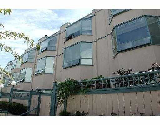 "Main Photo: 11 939 W 7TH AV in Vancouver: Fairview VW Condo for sale in ""MERIDIAN COURT"" (Vancouver West)  : MLS®# V560324"