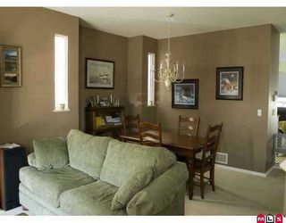 Photo 3: 18539 67A Ave in Surrey: Cloverdale BC House for sale (Cloverdale)  : MLS®# F2622874