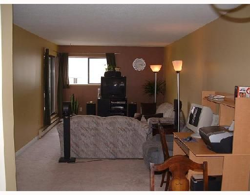 """Photo 2: Photos: 205 2245 WILSON Avenue in Port_Coquitlam: Central Pt Coquitlam Condo for sale in """"MARY HILL PLACE"""" (Port Coquitlam)  : MLS®# V727275"""
