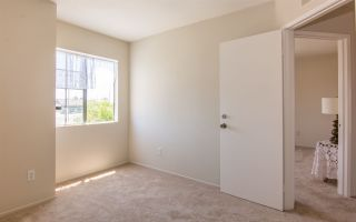 Photo 11: ENCANTO House for sale : 4 bedrooms : 7410 Ledgewood Place in San Diego