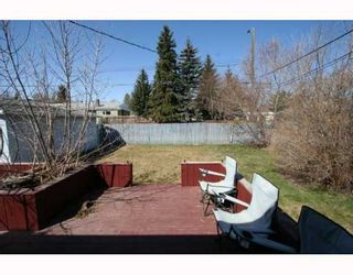 Photo 12: 307 40 Street SW in CALGARY: Wildwood Residential Detached Single Family for sale (Calgary)  : MLS®# C3377030