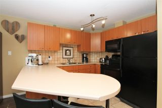 """Photo 2: A420 2099 LOUGHEED Highway in Port Coquitlam: Glenwood PQ Condo for sale in """"SHAUNESSY SQUARE"""" : MLS®# R2375859"""