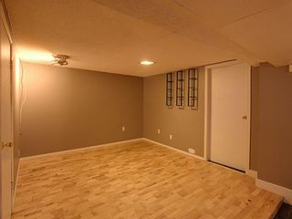 Photo 14: 2013 24 Avenue NW in Calgary: Banff Trail Detached for sale : MLS®# A1135681