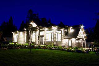 Photo 3: 5032 WALKER Avenue in Delta: Pebble Hill House for sale (Tsawwassen)  : MLS®# R2433027