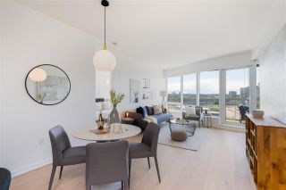 """Photo 3: 807 181 W 1ST Avenue in Vancouver: False Creek Condo for sale in """"BROOK AT THE VILLAGE"""" (Vancouver West)  : MLS®# R2591261"""