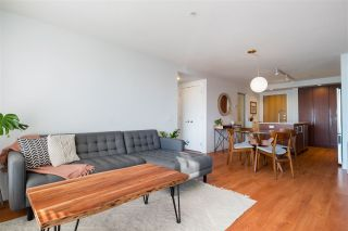 """Photo 8: 303 221 E 3RD Street in North Vancouver: Lower Lonsdale Condo for sale in """"Orizon on Third"""" : MLS®# R2570264"""