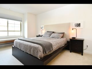 Photo 14: 52 433 SEYMOUR RIVER PLACE in North Vancouver: Seymour NV Townhouse for sale : MLS®# R2420989
