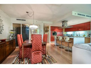 """Photo 3: 107 8 SMITHE MEWS Mews in Vancouver: Yaletown Townhouse for sale in """"THE FLAGSHIP"""" (Vancouver West)  : MLS®# V1075648"""