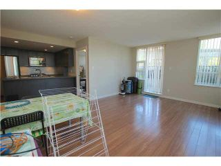 "Photo 3: 302 2200 DOUGLAS Road in Burnaby: Brentwood Park Condo for sale in ""AFFINITY BY BOSA"" (Burnaby North)  : MLS®# V1116583"