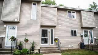 Photo 1: #125 87 BROOKWOOD Drive: Spruce Grove Townhouse for sale : MLS®# E4259172