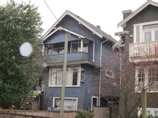 Photo 2: 2734 W 5TH Avenue in Vancouver: Kitsilano House for sale (Vancouver West)  : MLS®# R2428252