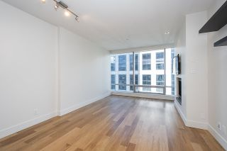 """Photo 8: 2804 1111 ALBERNI Street in Vancouver: West End VW Condo for sale in """"SHANGRI-LA"""" (Vancouver West)  : MLS®# R2514908"""