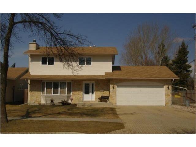 Main Photo: 127 Pentland Street in WINNIPEG: North Kildonan Residential for sale (North East Winnipeg)  : MLS®# 1107772