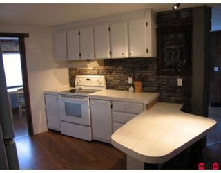 Photo 5: 33880 GILMOUR Drive in Abbotsford: Central Abbotsford Manufactured Home for sale : MLS®# F2901672