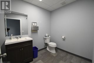 Photo 11: 55 MARY Street Unit# 112 in Lindsay: Other for lease : MLS®# 40100037