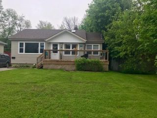 Photo 1: 29 Lincoln Street in Ajax: Central West House (Bungalow) for sale : MLS®# E4477567