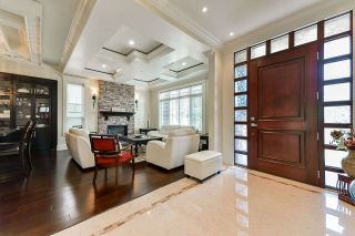 Photo 2: 345 E 46TH AVENUE in Vancouver: Main House for sale (Vancouver East)  : MLS®# R2375375