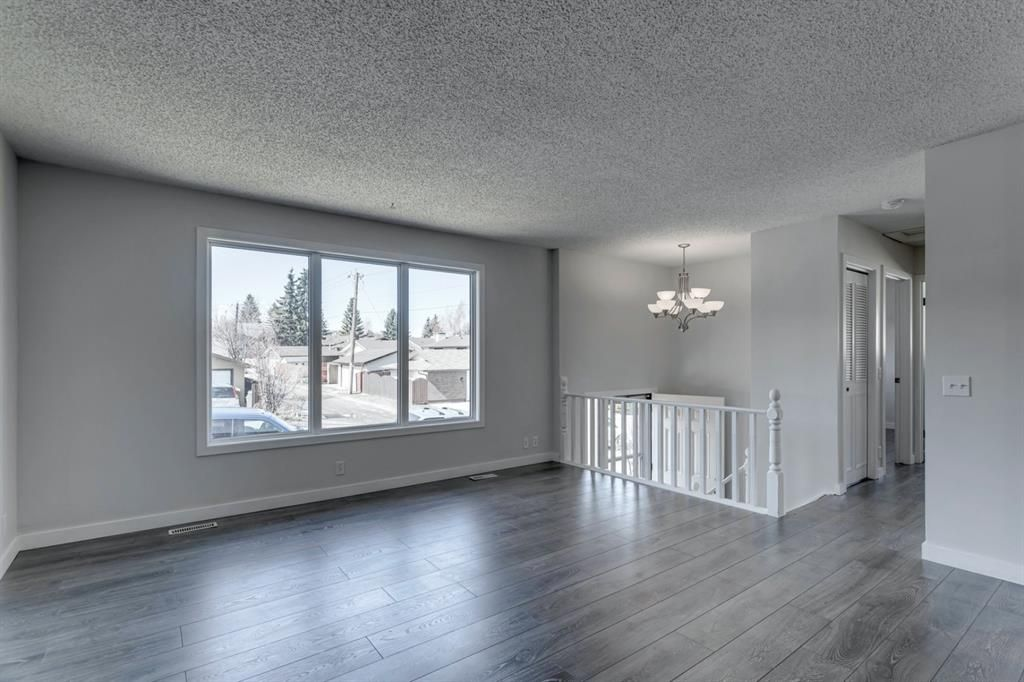 Main Photo: 68 Beaconsfield Road NW in Calgary: Beddington Heights Detached for sale : MLS®# A1086970