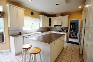 """Photo 6: 4319 210A Street in Langley: Brookswood Langley House for sale in """"Cedar Ridge"""" : MLS®# R2279773"""