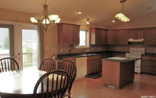 Photo 4: 122 Janet Drive in Battleford: Residential for sale : MLS®# SK870232