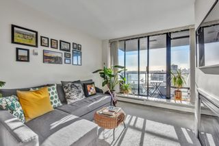 """Photo 3: 1502 151 W 2ND Street in North Vancouver: Lower Lonsdale Condo for sale in """"SKY"""" : MLS®# R2528948"""