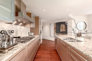 """Photo 7: 1902 1111 ALBERNI Street in Vancouver: West End VW Condo for sale in """"Shangri-La Live/Work"""" (Vancouver West)  : MLS®# R2605560"""