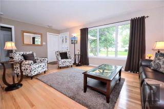 Photo 3: 11 Twain Drive in Winnipeg: Westwood Residential for sale (5G)  : MLS®# 1820610