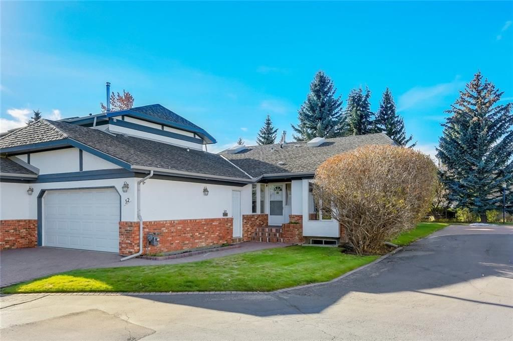 Main Photo: 52 WOODMEADOW Close SW in Calgary: Woodlands Semi Detached for sale : MLS®# C4259772