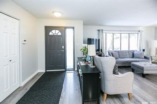 Photo 4: 437 COCKBURN Crescent in Saskatoon: Pacific Heights Residential for sale : MLS®# SK713617