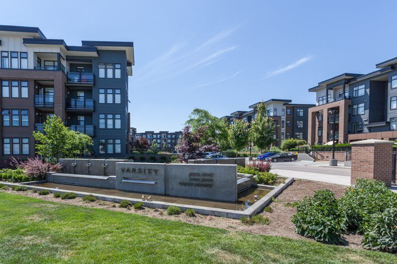 """Main Photo: 317 20068 FRASER Highway in Langley: Langley City Condo for sale in """"VARSITY"""" : MLS®# R2383802"""