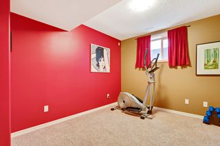 Photo 29: 640 54 Ave SW in Calgary: House for sale : MLS®# C4023546