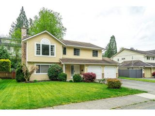 Photo 2: 34232 LARCH Street in Abbotsford: Abbotsford East House for sale : MLS®# R2574039
